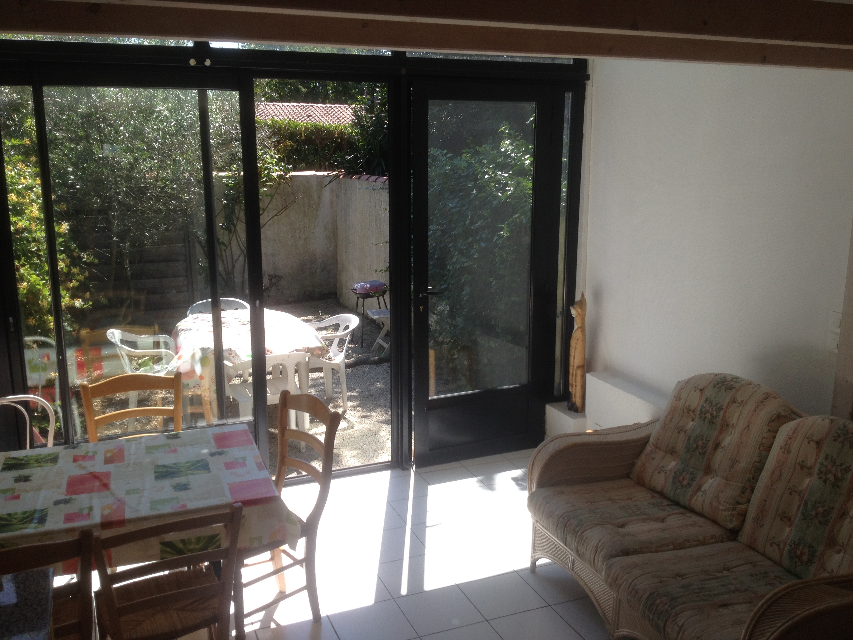 maison loft 1 t3 55 m2 loft gauche la rochelle location meubl e la rochelle 1km. Black Bedroom Furniture Sets. Home Design Ideas